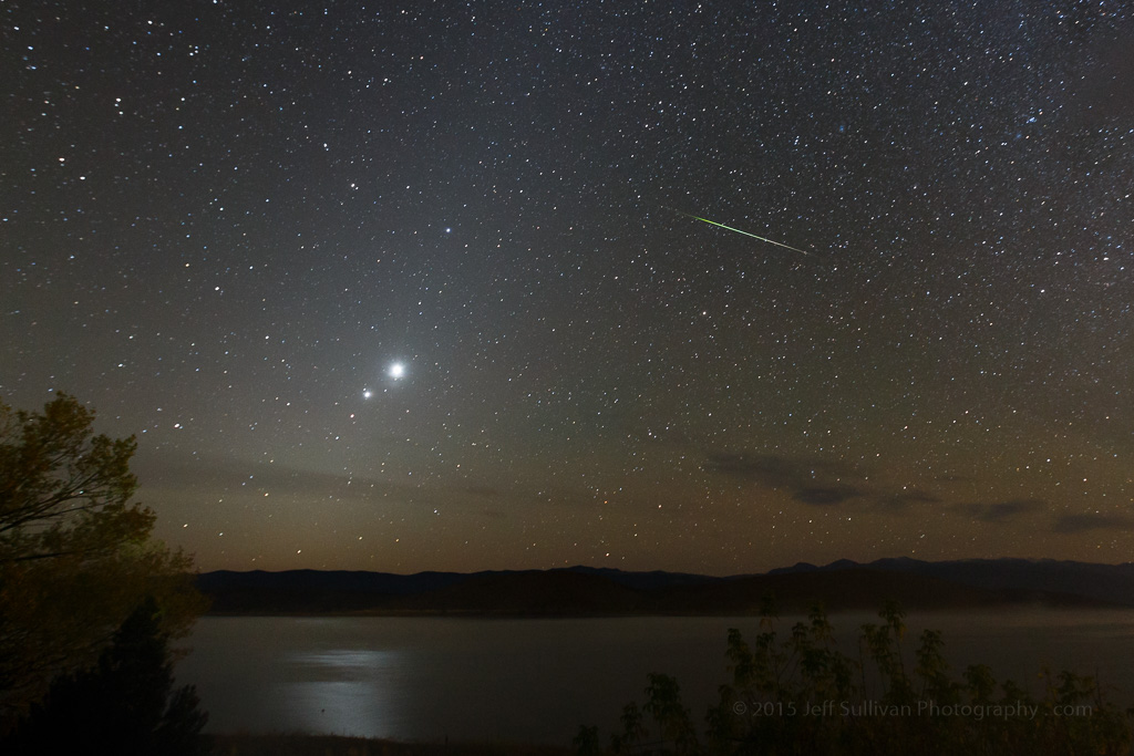 Meteors With Venus Jupiter Amp Mars In Zodiacal Light
